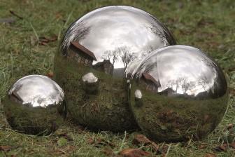 Deko Kugel Aus Edelstahl Für Den Garten Oder Teich 18 Cm